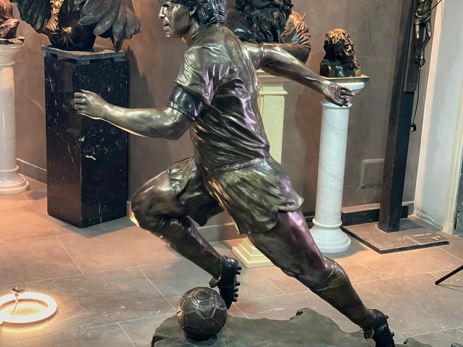 Maradona Statua